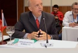 SUS: Geraldo Medeiros participa de Assembleia em Brasília
