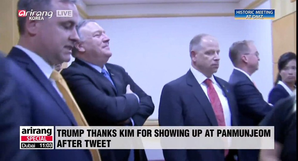 cantora coreia do norte - Cantora 'fuzilada' por vídeo em orgia surge na reunião de Kim e Trump
