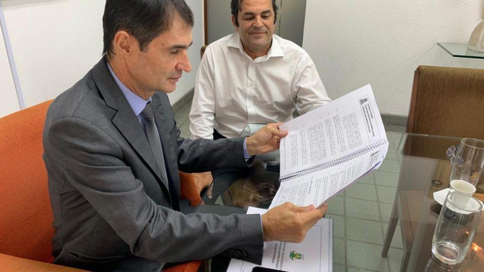 f0bbb092 9535 48d9 a501 017c0498b7b2 - Polícia Federal deflagra operação e cumpre mandados judiciais contra servidores da gestão de Romero Rodrigues - VEJA VÍDEO