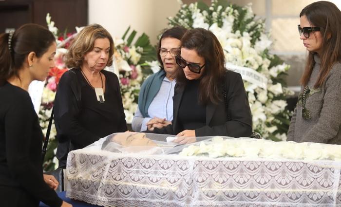 'NÃO AGUENTOU O BAQUE': irmã diz que Paulo Henrique Amorim não suportou afastamento