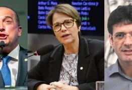 FORA DO GOVERNO : Ministros-deputados pedem exoneração para votarem a favor da reforma na Câmara