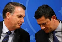 'ANJO DA GUARDA': Moro se recusa a revelar documentos que deu a Bolsonaro sobre laranjas