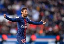 Mesmo tentando deixar o clube, Neymar poderá ficar no PSG por mais uma temporada