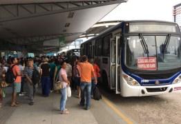 PAGANDO A MAIS: Passageiros de Campina Grande relatam falha no sistema dos ônibus
