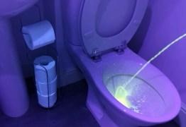 Homem deve fazer xixi sentado; Vídeo com ultravioleta mostra motivo – ASSISTA