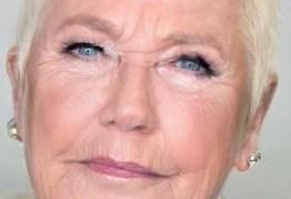 Ivete elogia Xuxa com rugas e ela responde: 'Sem botox chego rápido'