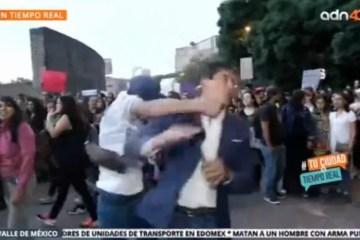1 reporter 12738881 - Repórter é agredido durante protesto contra violência de gênero e precisa fazer cirurgia - VEJA VÍDEO