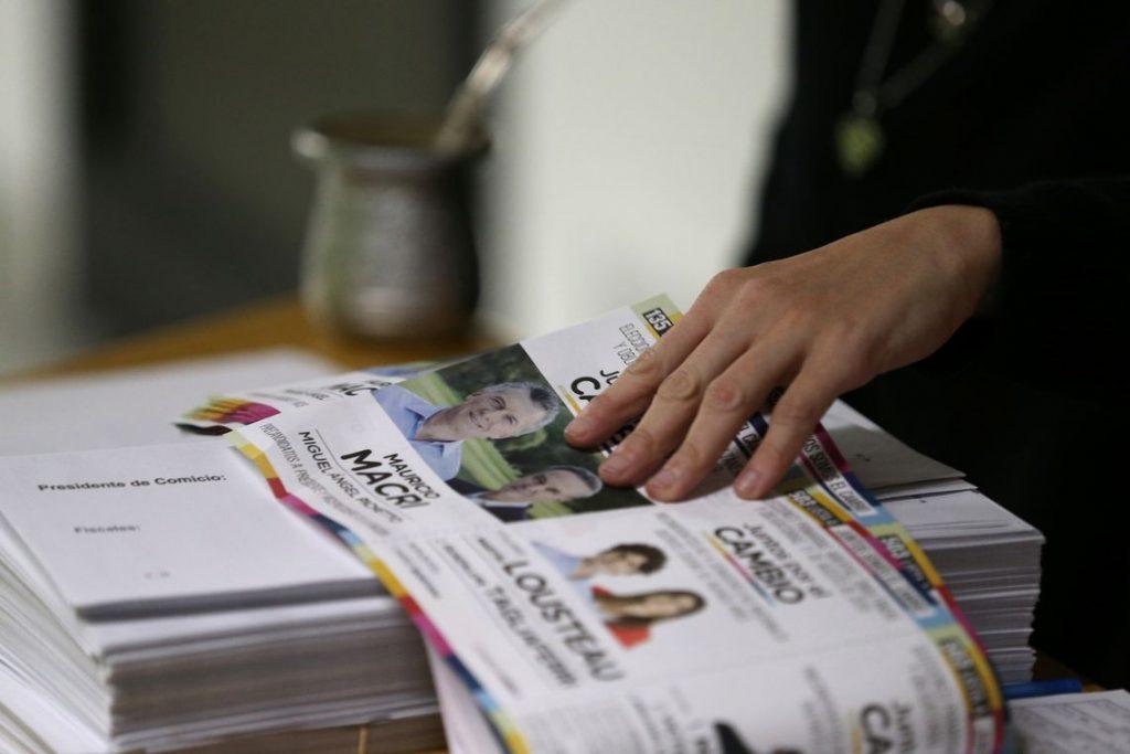 2019 08 11t122447z 1759693822 rc13de4a5070 rtrmadp 3 argentina election 1024x683 - Argentina vai às urnas em eleições gerais primárias