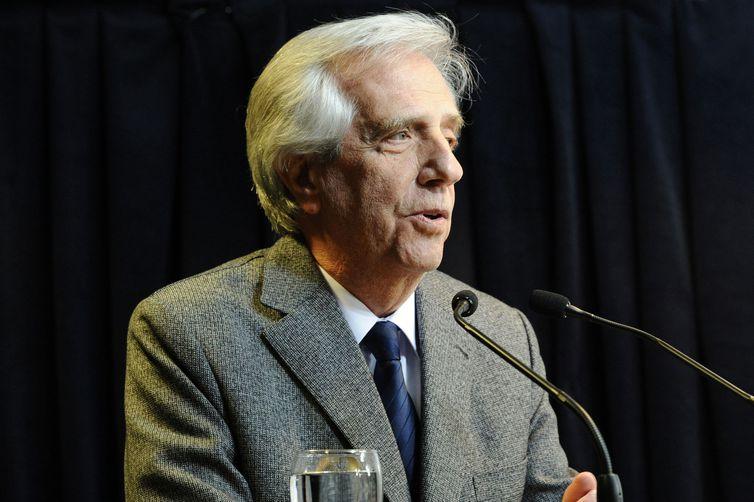 2019 08 20t225829z 60021294 rc141da9d590 rtrmadp 3 uruguay vazquez - Exames confirmam que presidente do Uruguai tem tumor maligno