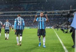 """Grêmio revive solidez do penta, sobra e """"encanta"""" rumo à 9ª final de Copa do Brasil"""