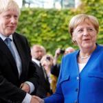 50117744 303 - Merkel sinaliza a Johnson possível renegociação de acordo do Brexit