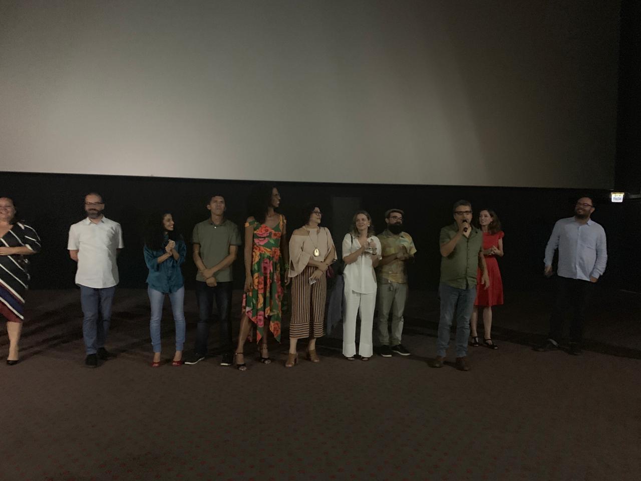 Com ingressos esgotados, 'Bacurau' tem pré-estreia em João Pessoa com a presença de atores do longa S