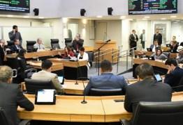 ALPB retoma votações e aprova projeto que proíbe aumento de passagens