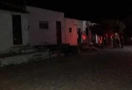 Mulher joga ácido muriático, esfaqueia e corta órgão genital do marido na Paraíba