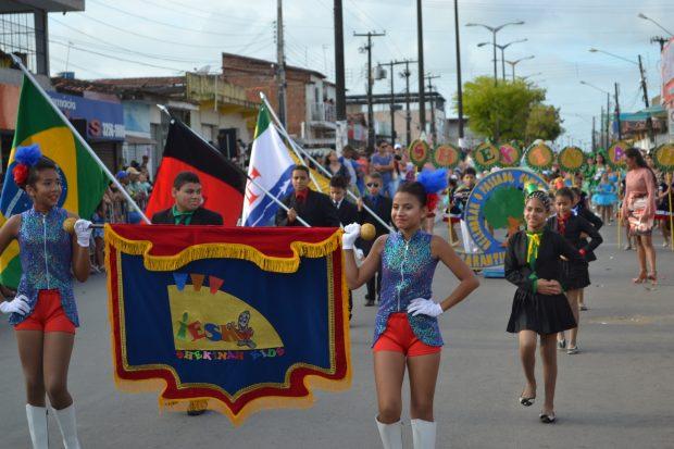 DSC 0397 620x413 - Mais de 30 escolas e entidades participarão do Desfile Cívico da cidade de Alhandra