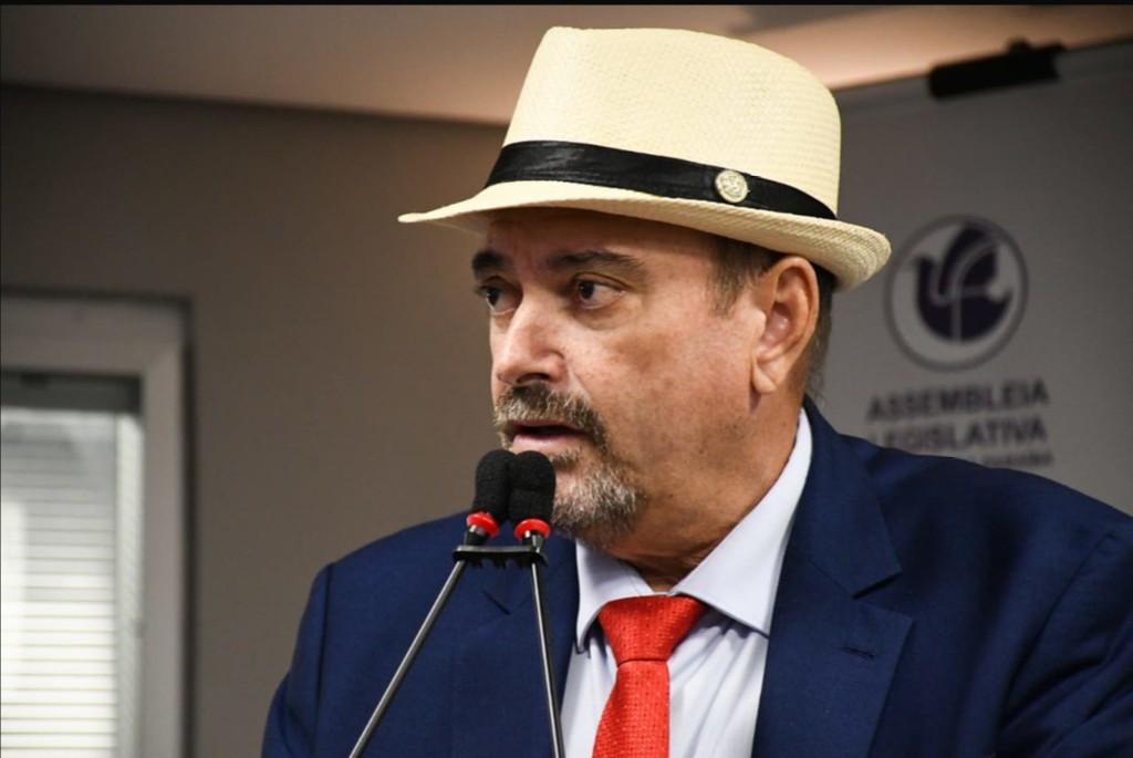 Deputado Jeová Campos fez um apelo aos prefeitos paraibanos para que ajudem o Laureano - Deputado Jeová sugere repasse de verbas de municípios para Hospital Laureano