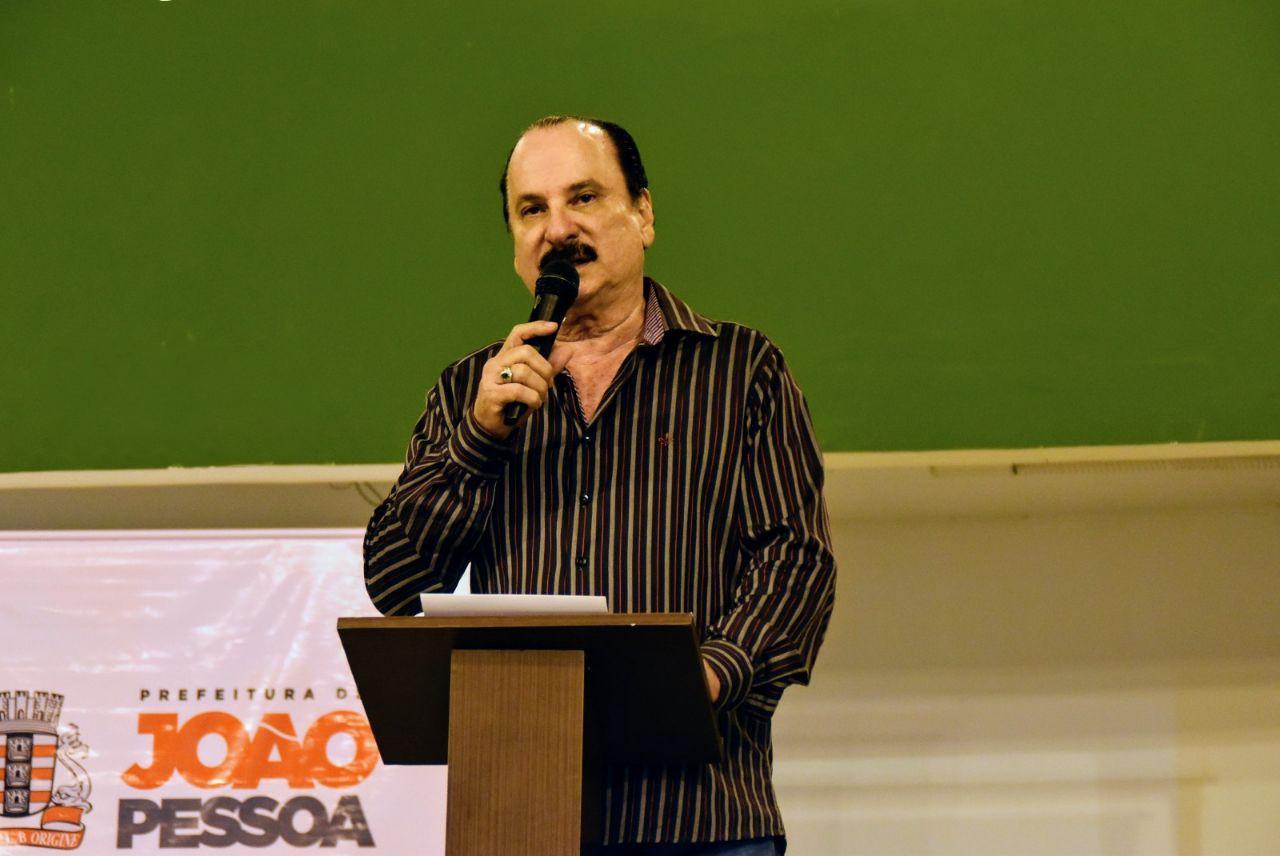 Durval Ferreira à frente da Secitec PMJP - Secitec anuncia abertura de 2200 vagas para cursos de formação em tecnologia e empreendedorismo
