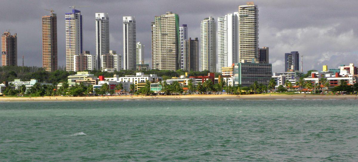 Praia do Cabo Branco   João Pessoa   PB   panoramio 1200x545 c - Pesquisa revela que a Grande João Pessoa é a região mais próspera da Paraíba
