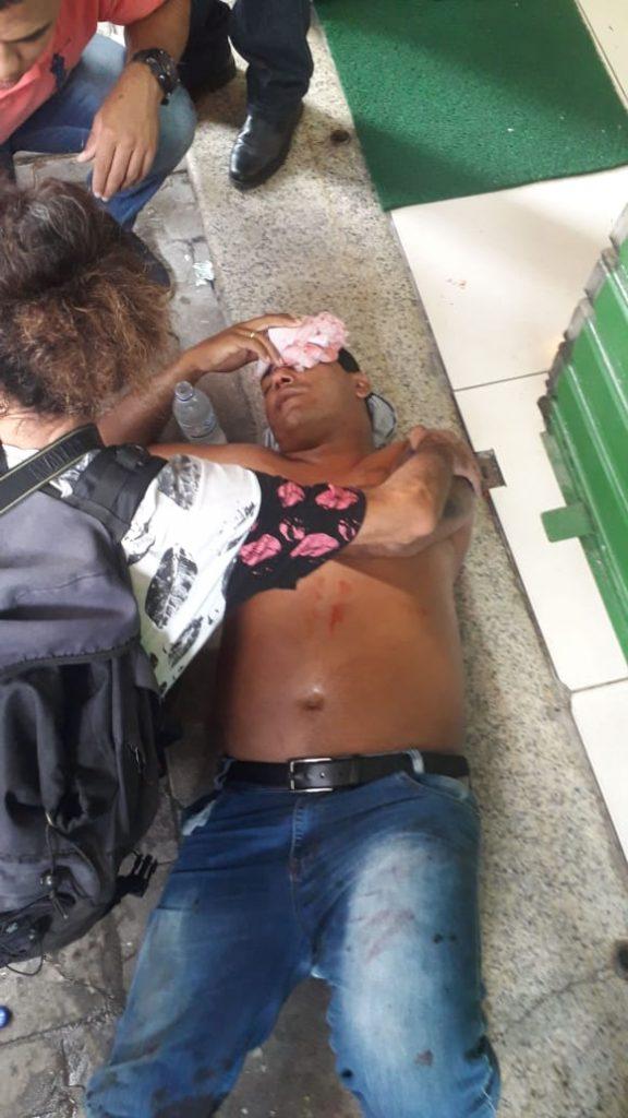 Ambulante ferido – Foto: reprodução/ redes sociais
