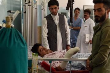 ataque - Estado Islâmico reivindica atentado que matou 63 em casamento em Cabul