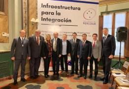 No Paraguai, Veneziano debate novas rotas rodoferroviárias para fortalecer o comércio entre países do Mercosul e a Ásia
