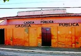 FUGA DA CADEIA: Detentos fazem buraco em parede e fogem de cela na cidade de Sumé