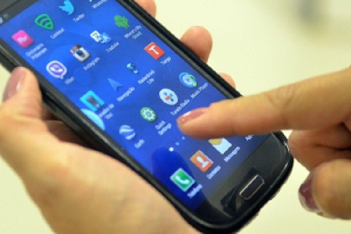 celular - ANATEL: reclamações contra operadoras de telefonia caem 17,2% em junho