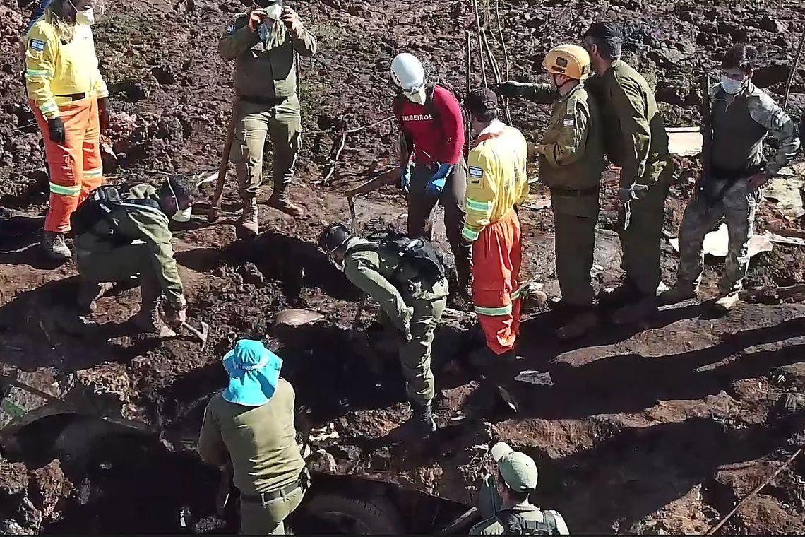 RISCOS DE UMA NOVA TRAGÉDIA: Brumadinho teme nova ruptura de barragem e cobra ações de empresa