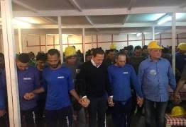 Lei aprovada por Doria institui o 'dia de oração pelas autoridades da nação'