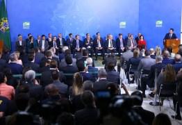Bolsonaro e Moro lançam plano para cidades mais violentas