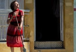 Marcélia Cartaxo é ovacionada no Festival de Gramado por performance em 'Pacarrete'