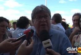 João confirma presença no Fórum dos governadores e anuncia reunião com bancada federal em Brasília