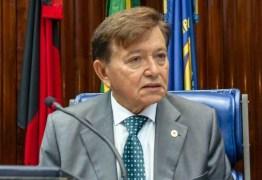 João Henrique tem projeto aprovado pela CCJ que incentiva primeiro emprego para jovens na PB