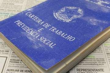 naom 5bf3d96376272 - MAIORES EMPREGADORES DO PAÍS: crise tira 61 mil vagas de quem mais emprega