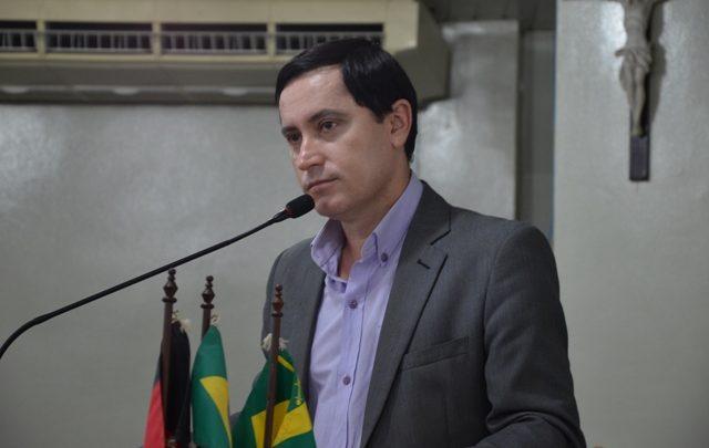 napoleao maracaja 640x405 - GESTÃO DE ROMERO: Dirigente do SINTAB denuncia falência da Previdência de Campina Grande