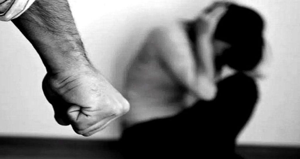 violência doméstica 1024x546 1024x546 - Homem é preso suspeito de manter esposa em cárcere privado em João Pessoa