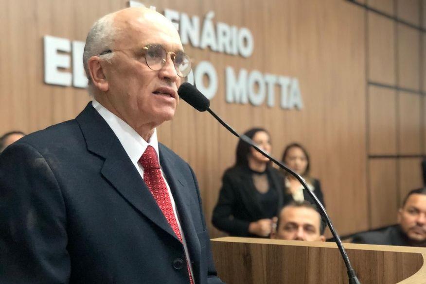 whatsapp image 2019 08 23 at 191612 - Ivanes Lacerda é eleito prefeito interino de Patos