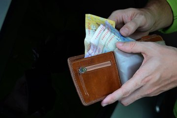 Governo Federal estuda congelar salário mínimo nos próximos anos