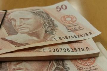 31931061797 6a40f87b25 z - Mais ricos pagam menos impostos no Brasil do que em países mais industrializados