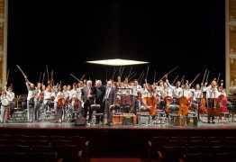 'EXEMPLO': Maestro João Carlos Martins elogia João Pessoa após apresentação de crianças no Theatro Municipal de São Paulo