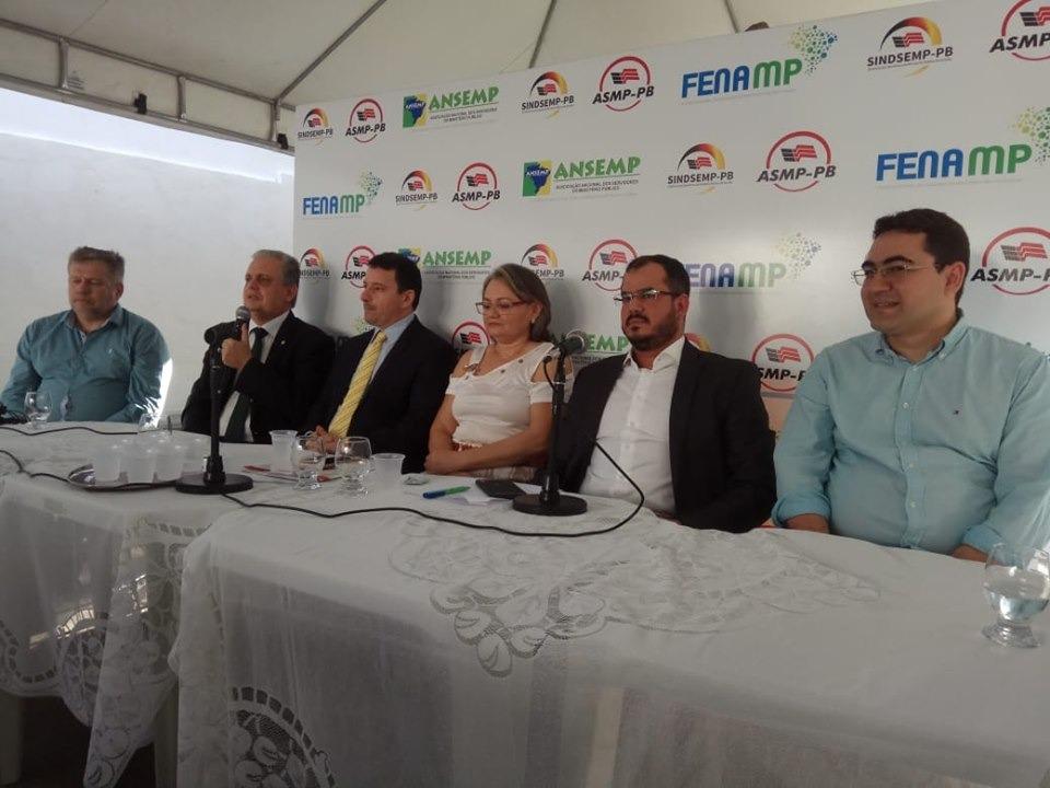 8639828f 3d4e 4d8d 88a5 9f9824a94ebf - Bosco Carneiro participa de solenidade da nova diretoria do SINDSEMP-PB