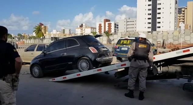 Capturar0 4 - OSTENTAÇÃO E CLONAGEM: PRF e PM realizam ação conjunta e recuperam Camaro 'placa fria' e mais dois carros - VEJA VÍDEO