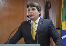 SETEMBRO AMARELO: na CMJP, vereador faz chamado para prevenção ao suicídio