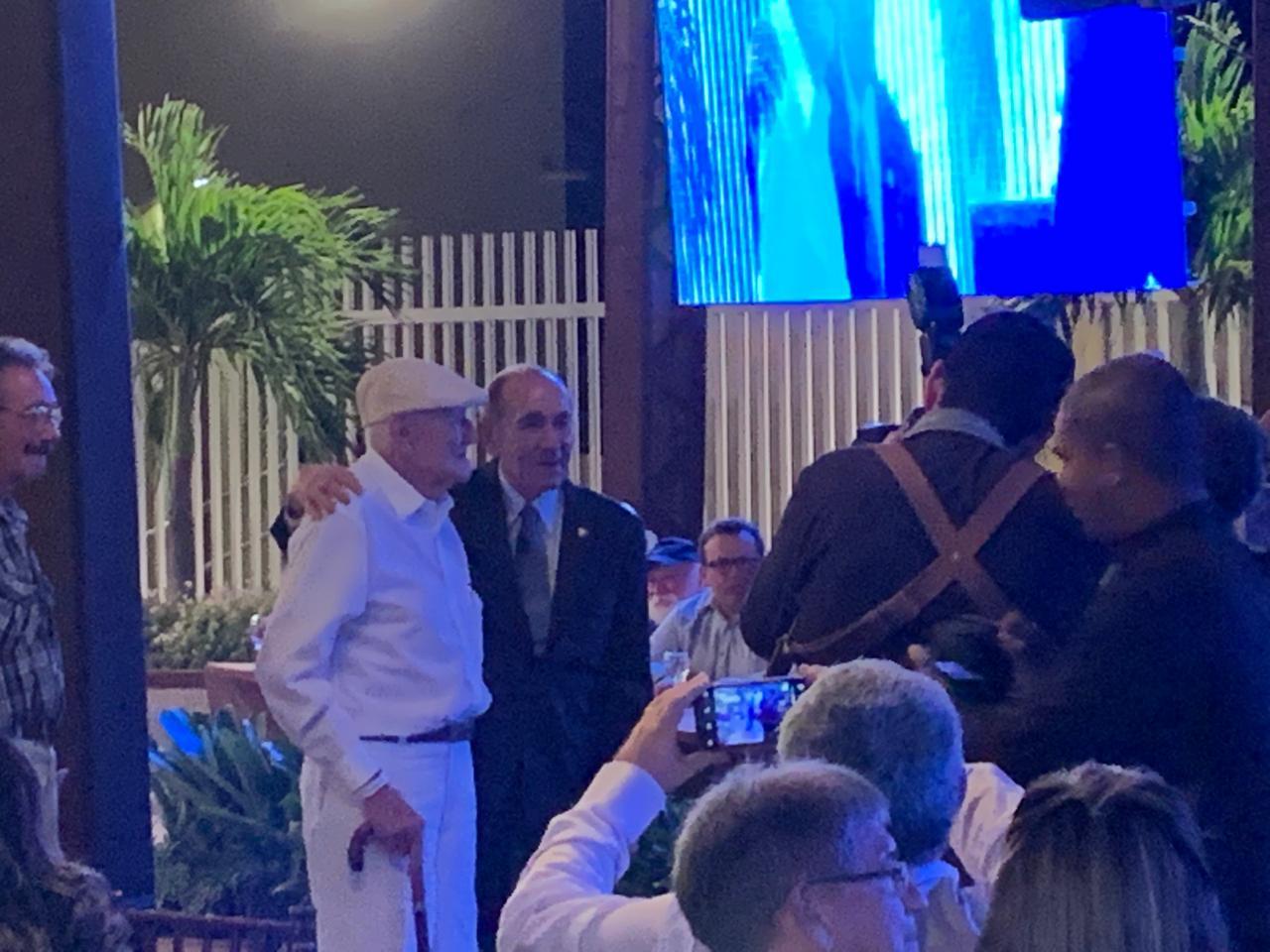WhatsApp Image 2019 09 21 at 21.43.06 - Políticos e empresários comemoram os 90 anos de Zé Cavalcanti, em Cajazeiras - VEJA FOTOS E VÍDEOS