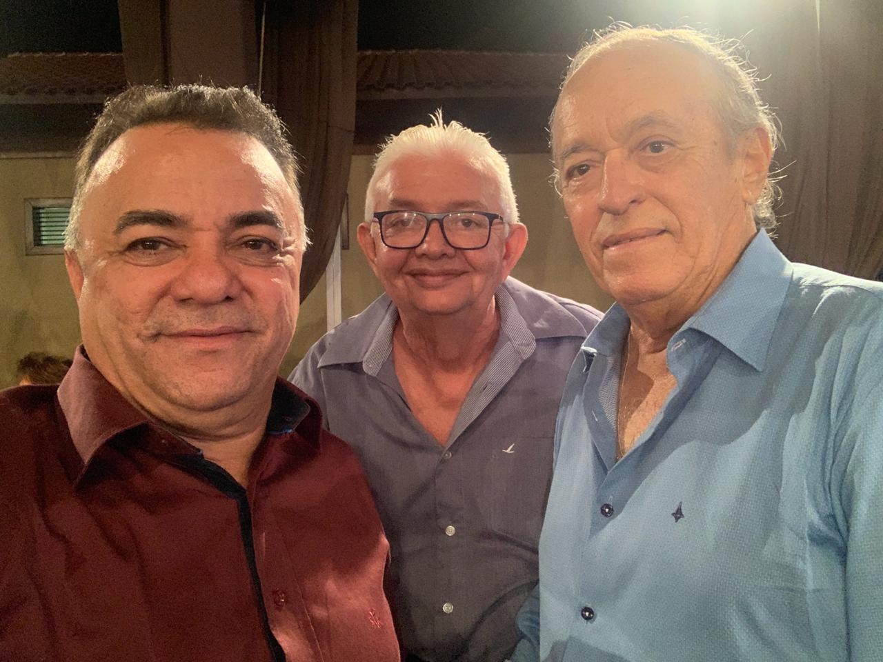WhatsApp Image 2019 09 22 at 10.04.40 3 - Políticos e empresários comemoram os 90 anos de Zé Cavalcanti, em Cajazeiras - VEJA FOTOS E VÍDEOS