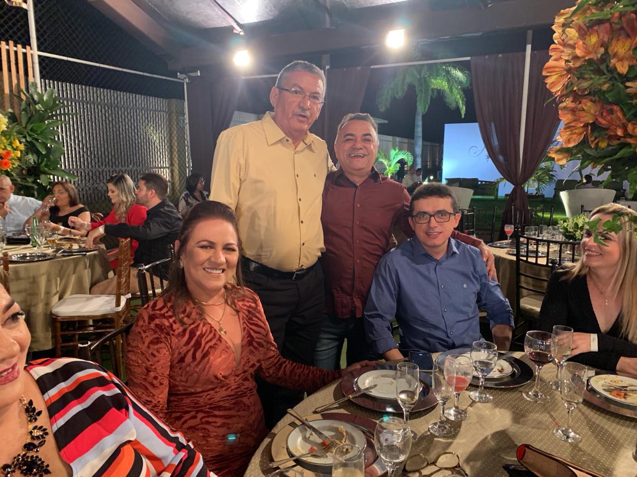 WhatsApp Image 2019 09 22 at 10.04.43 2 - Políticos e empresários comemoram os 90 anos de Zé Cavalcanti, em Cajazeiras - VEJA FOTOS E VÍDEOS