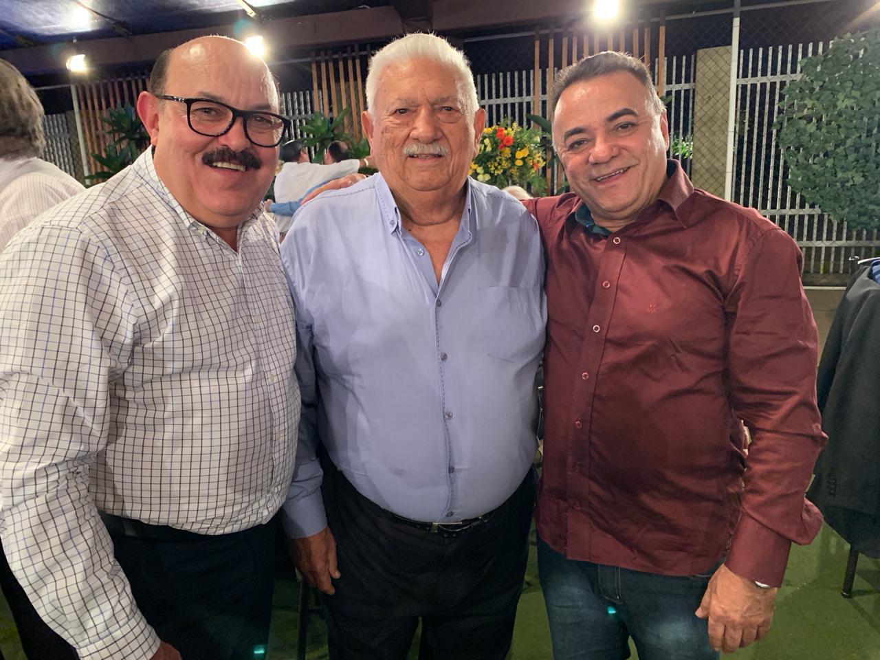 WhatsApp Image 2019 09 22 at 10.04.43 - Políticos e empresários comemoram os 90 anos de Zé Cavalcanti, em Cajazeiras - VEJA FOTOS E VÍDEOS