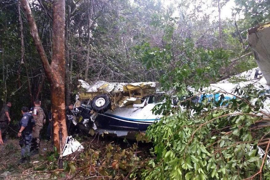 aviao manaus - TRAGÉDIA: Avião de pequeno porte cai próximo a aeroporto de Manaus