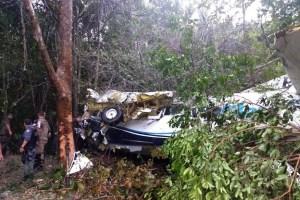 aviao manaus 300x200 - TRAGÉDIA: Avião de pequeno porte cai próximo a aeroporto de Manaus