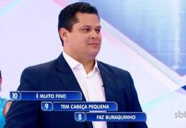 Presidente do Senado e filho de Bolsonaro usam verba pública para viajar a SP e gravar programa com Silvio Santos